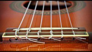 Как выбрать струны для классической гитары?